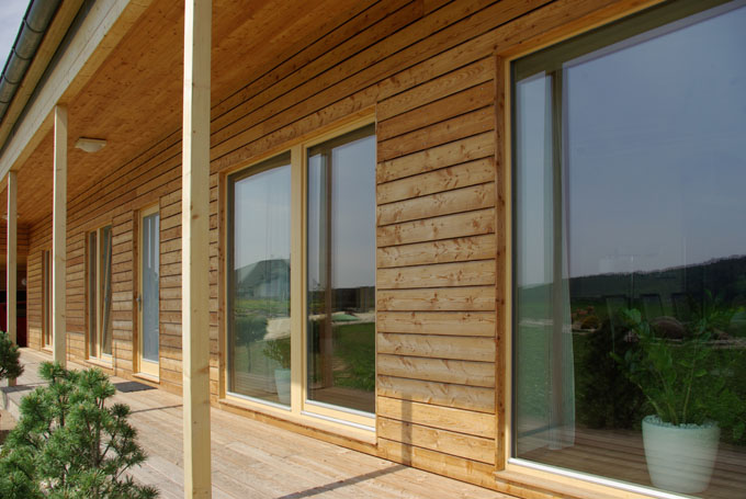 Rundes Haus Aus Holz, Lehm Und Stroh
